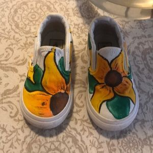 Sunflower painted VANS size 6 toddler